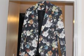 Topshop Womens Blazer, Size 10, Flower print, in very good condition