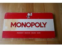 Monopoly board 1961 game in good condition