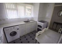 NICE SINGLE ROOM, CHEAP AND NEAR TO THE TUBE//