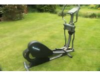 Nordic Track 950 e Elliptical Cross Trainer. Excellent condition. Little use