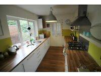 TWO DOUBLE BEDROOMS--ON SALISBURY ROAD-AVAILABLE 1ST OCTOBER 2016
