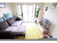 Large 1 bedroom flat, walk into Canary Wharf, furnished or unfurnished, walk to DLR station