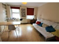 Low rent Most Prime Location 3 Bedrooms Maisonette near Aldgate Station