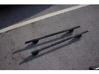 Mont Blanc CRB1 Roof bars for cars with rails.