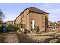 3 Bedroom Upper Villa Cottage Apartment Broxburn