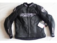 Full New RST Motorcycle clothing Leather Jacket, Trousers & Boots