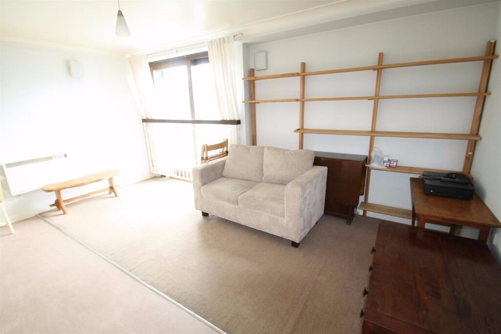 1 bed furnished flat, between Stepney Green & Whitechapel, walk to 3 tube stations & shops