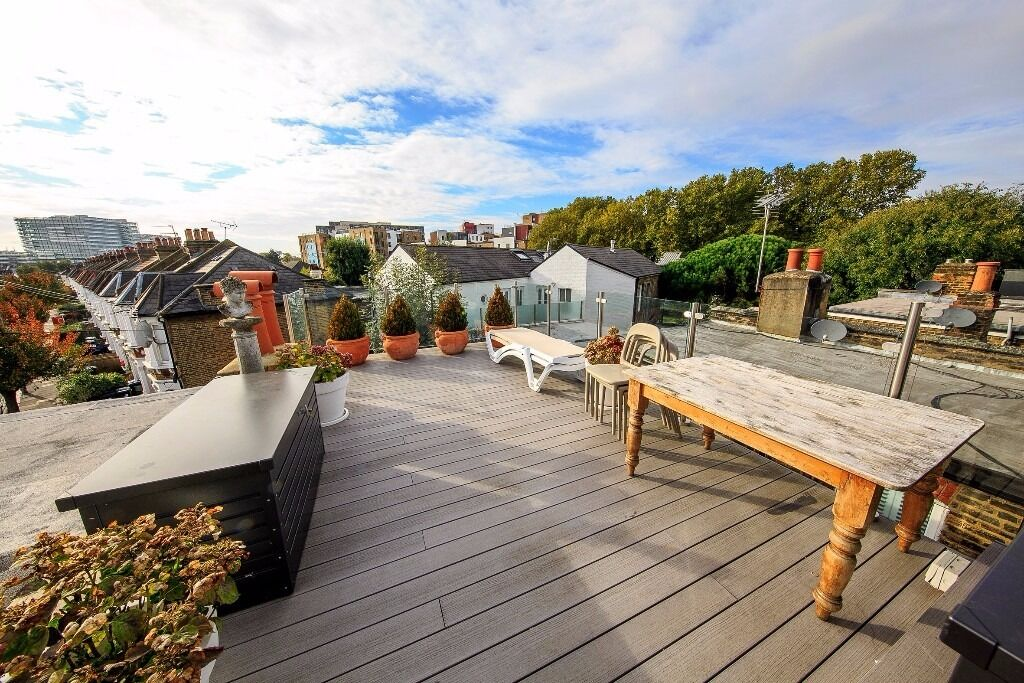 Stunning 2 bedroom Split Level Apartment To Let On Church Path, Chiswick