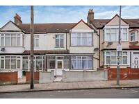 SW17 7LQ -FISHPONDS ROAD - A STUNNING DOUBLE ROOM WITHIN WALKING DISTANCE TO TOOTING BEC UNDERGROUND