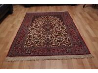 Brand new Hand-made Persian Rug Isfahan very Fine, Silk+Wool 168cm X 112cm