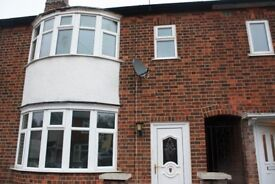 3 Bedroom Semi Detached House To-Let - LE4, Leicester