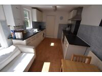 LARGE 4 DOUBLE Bed House In The HEART OF HACKNEY - Ideal For SHARERS!