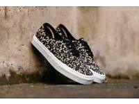 Vans authentic DX Woven (size 10)