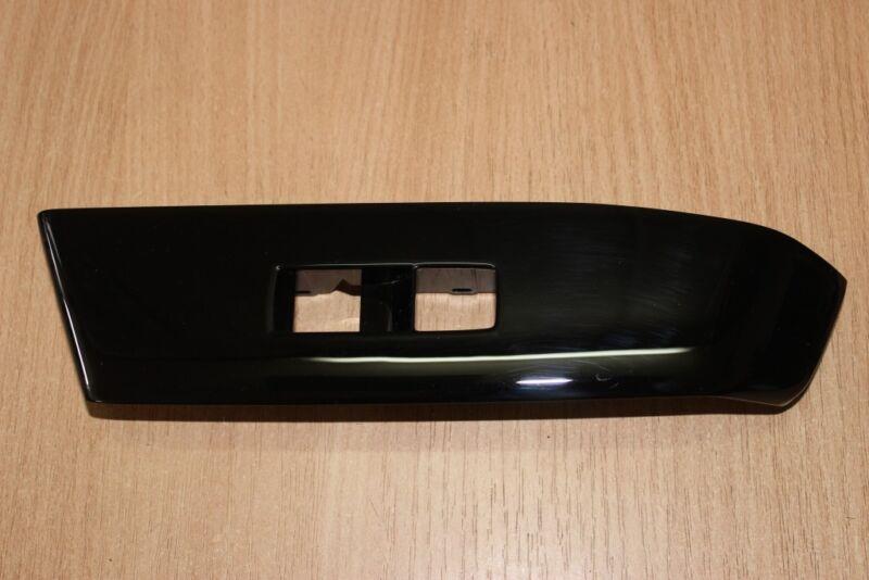 2013 LEXUS GS 450H GWL10 / PASSENGER WINDOW CONTROLLER SURROUND TRIM 74232-30270