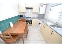 *CALL NOW* For This LOVELY 5 Bedroom Flat Only Mins Away From Shadwell DLR *SEPTEMBER LET*
