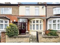 4 Bed, 3 Bath, New Renovated, House with garden - £2500