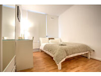 Newly refurbished flat share, minutes from Borough Tube Station!