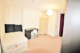Clifton Redland Luxury Large Bedsit / Studio £115pw own kitchen and shower opposite The Lido pool