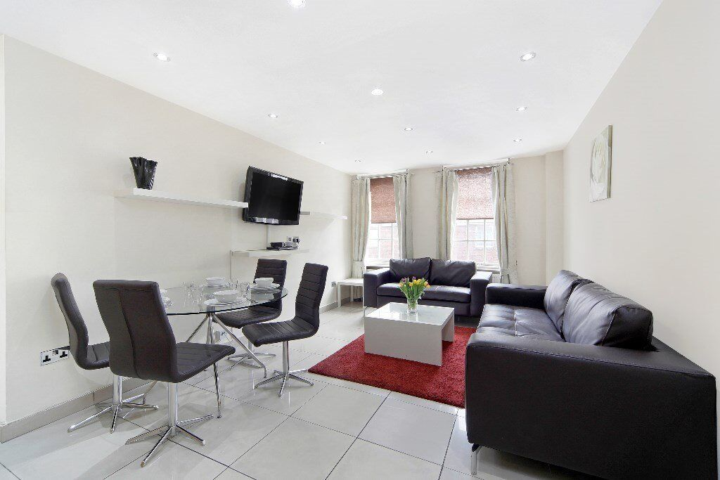 ** Stylish two bedroom flat in Marble Arch ***