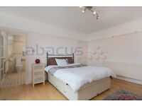 Beautiful THREE bedroom TWO bathroom property for rent with private ROOF TERRACE!!