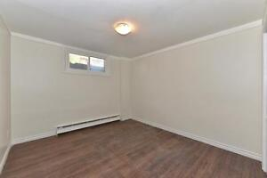 MODERN 1 BDRM, OFF COMMISSIONERS RD $795 PLUS London Ontario image 9