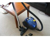 MORPHY RICHARDS 1600W PERMANENT BAGGED CYLINDER VACUUM CLEANER