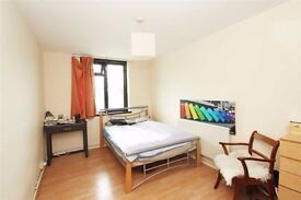 COZY DOUBLE ROOM CLOSE TO ZONE 1 // JUBILEE LINE ** NORTH WEST
