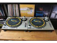 2 x Technics SL-1200 MK2 LED target lights + covers + vinyls. Boxed.