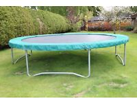 14 ft Round TP Trampoline - Full Size , Excellent Fun.