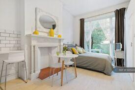 Studio flat in Belsize Park, London, NW3 (#1025223)