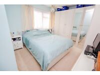 **ROOM TO RENT**PURLEY**DO NOT MISS OUT**