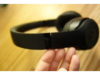 Beats Studio 3 Wireless - Matte Black - Comes with All accessories