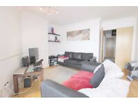 2 BED STUNNING RIVER VIEWS PRIVATE DEVELOPMENT**PARKING** 330PW