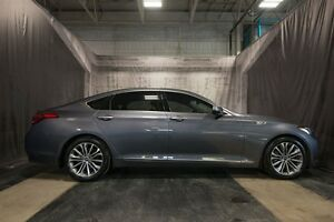 2015 Hyundai Genesis LUXURY w/ LOW KMS / XENON'S / AWD