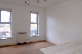 2 BED FLAT NEAR STRATFORD STATION - DSS WELCOMED - AGENTS WELCOMED !!