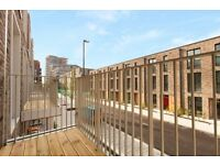 BRAND NEW 3 BED 4 BATH HOUSE - ROYAL WHARF DEVELOPMENT E16 - DOCKLANDS PONTOON DOCK CANNING TOWN