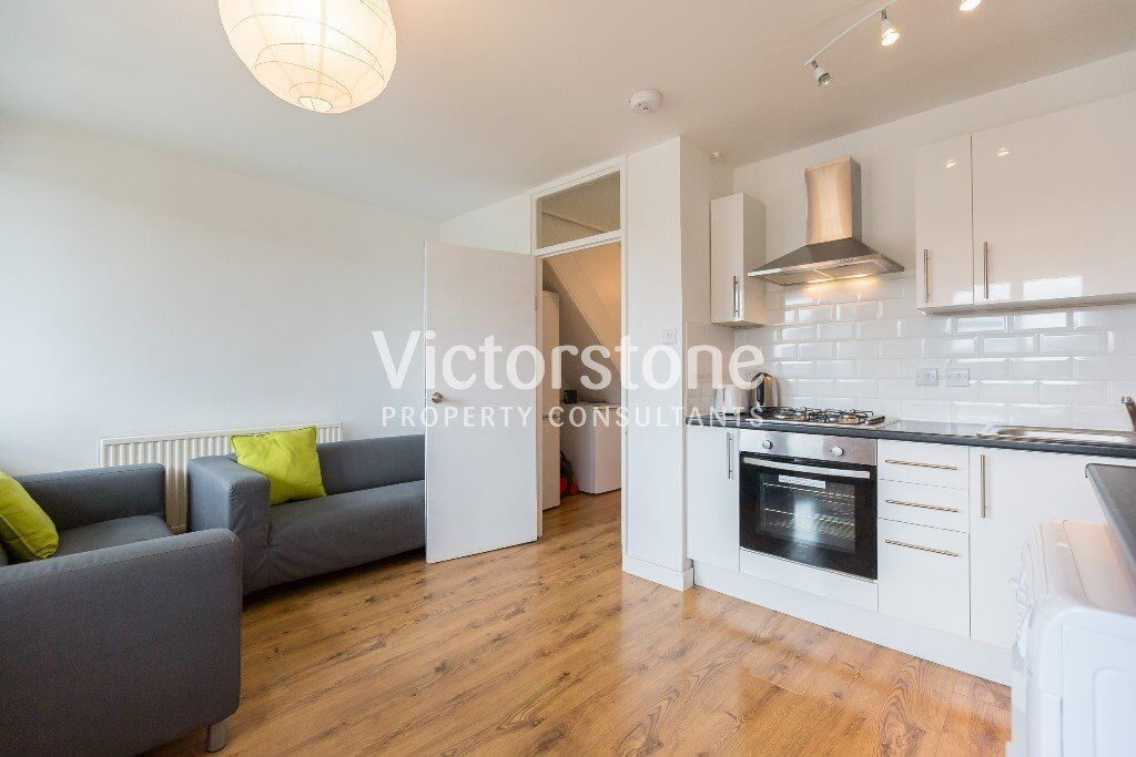 GREAT VALUE NEW FOUR DOUBLE BEDROOM FLAT IN HAGGERSTON NEWLY REFURBISHED DALSTON SHOREDITCH