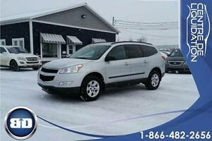 2011 Chevrolet Traverse LS AWD 8 PASSAGERS !
