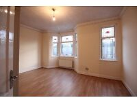 LARGE PROPERTY - FIVE / SIX DOUBLE BEDROOM - THREE BATHROOM HOUSE TO RENT - NEWHAM - PLAISTOW E13