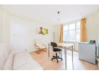 *Well maintained one double bedroom flat to rent set in 24hour portered development £335pw/£1452pcm*
