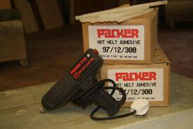 Packer 712 Hot Melt Gun & Glue Sticks