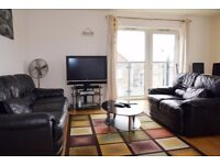 GORGEOUS 2 BEDROOM HOLIDAY/SHORT LET FLAT CLOSE TO STRATFORD,SLEEPS 6
