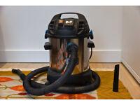 Dry and Wet Mac Allister Vacuum