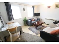 2 DBL BED TOP FLOOR FLAT IN CENTRE OF E1. WALK TO STATION AND SHOPS. OWN PARKING SPACE.FURNISHED