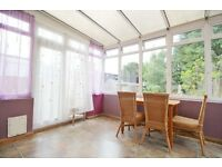 3/4 cosy hse clse to Airport&Feltham station