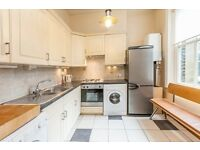 TWO bedroom BALCONY Flat in WEST HAMPSTEAD, NW8 £410PW