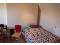 Large and quiet double bedroom in Slateford area available on 1st September