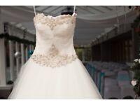 Ronald Joyce Bruges, size 8, Ivory Wedding dress