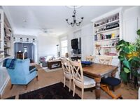 A charming three bedroom maisonette to rent in Wimbledon Park