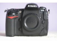 Nikon D300s DSLR + MB-D10 grip + EN-EL3 batteries x 2